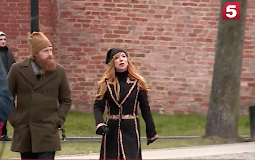 Кристофер Хивью в Новгороде. Фото Скриншот видео Пятого канала.