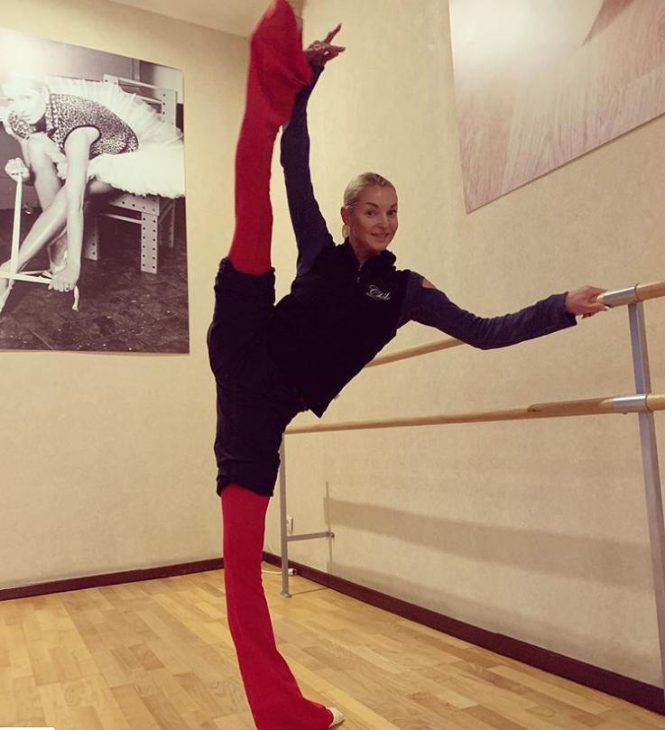 В конце октября балерина делилась такими фото. Фото www.instagram.com/volochkova_art