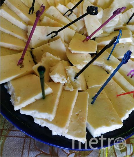 """Владельцы ранчо """"Золотая подкова"""" производят сыр, который позже хотят сделать брендом Гатчины. Фото Сидоровская Наталья, """"Metro"""""""