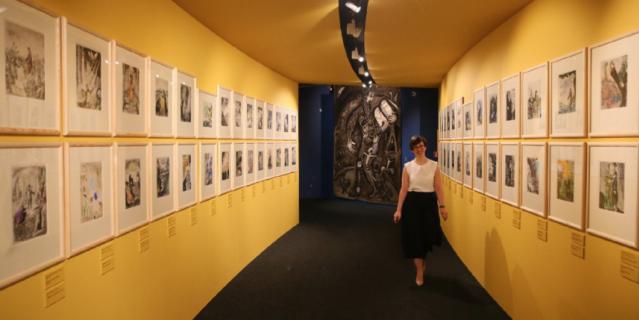 """Выставка """"Шагал: между небом и землёй""""."""