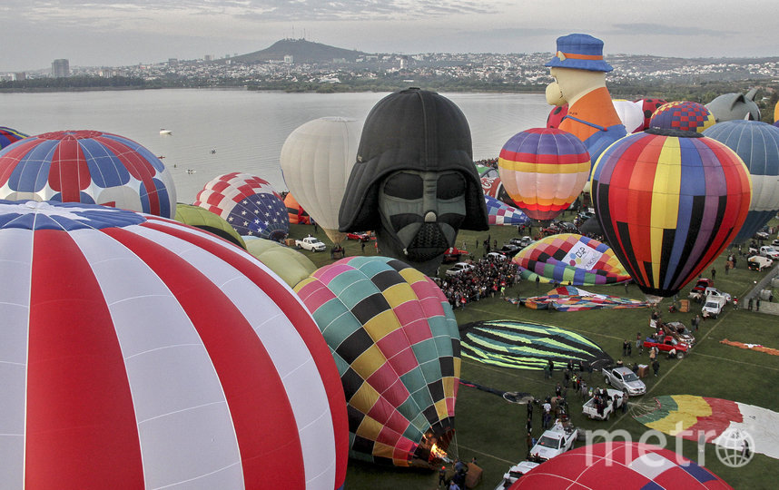 В мексиканском городе Леон стартовал XVIII Международный фестиваль воздушных шаров. Фото AFP