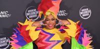 Как выглядят самые эпатажные звёзды соцсетей: фото с церемонии American Influencer Awards