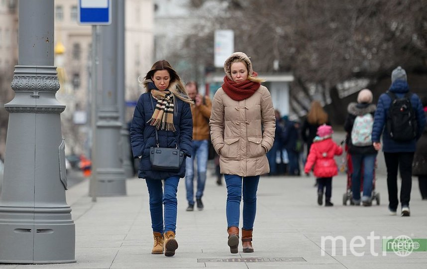 """""""Декабрьская"""" погода и аномально высокое атмосферное давление ждут москвичей. Фото Василий Кузьмичёнок"""