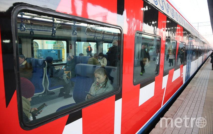В день запуска МЦД на станциях работают специальные фотозоны. Фото Василий Кузьмичёнок