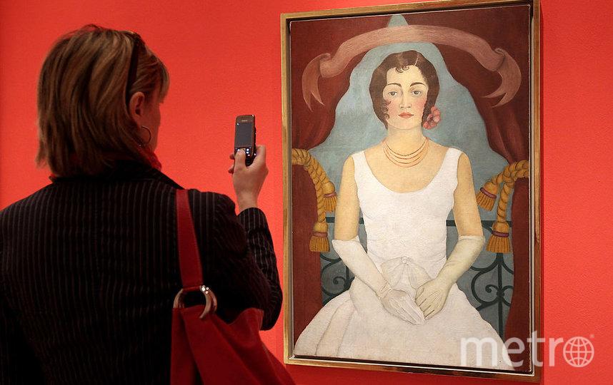 """Та самая картина Фриды Кало """"Портрет женщины в белом"""", проданная на аукционе. Фото Getty"""
