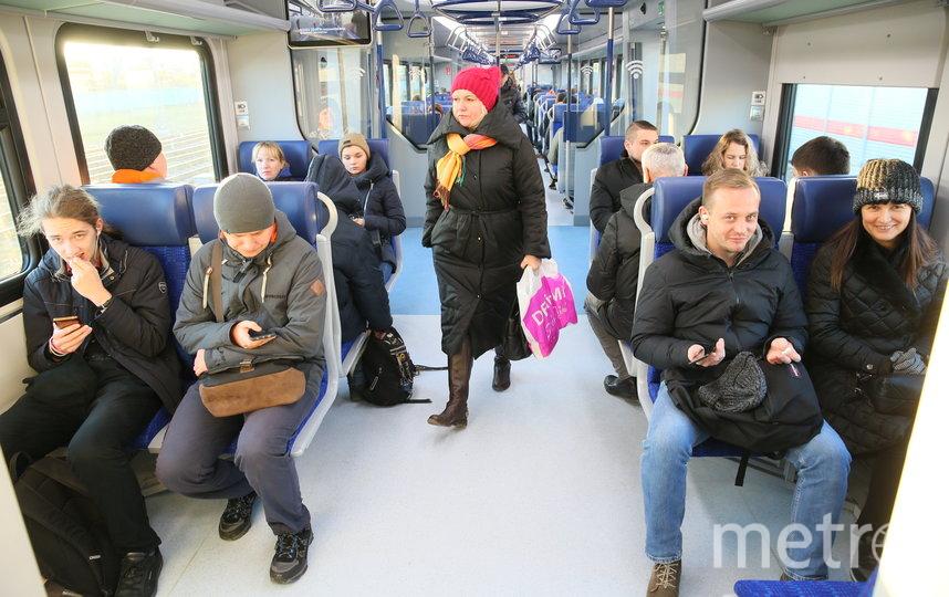Движение по первым двум Московским центральным диаметрам запустили утром 21 ноября. Фото Василий Кузьмичёнок