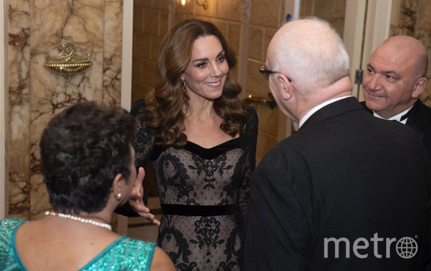 В последний раз Кейт Миддлтон очаровала гостей шоу Royal Variety Performance. Фото AFP