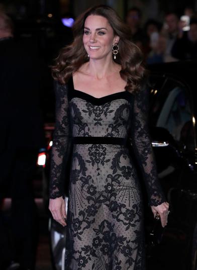 В последний раз Кейт Миддлтон очаровала гостей шоу Royal Variety Performance. Фото Getty