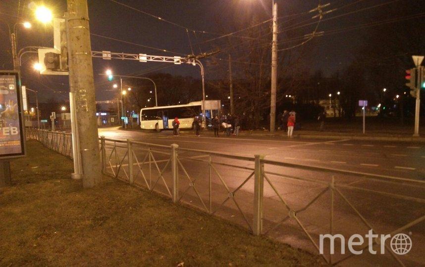 Фото с места аварии на пл.Мужества. Фото vk.com