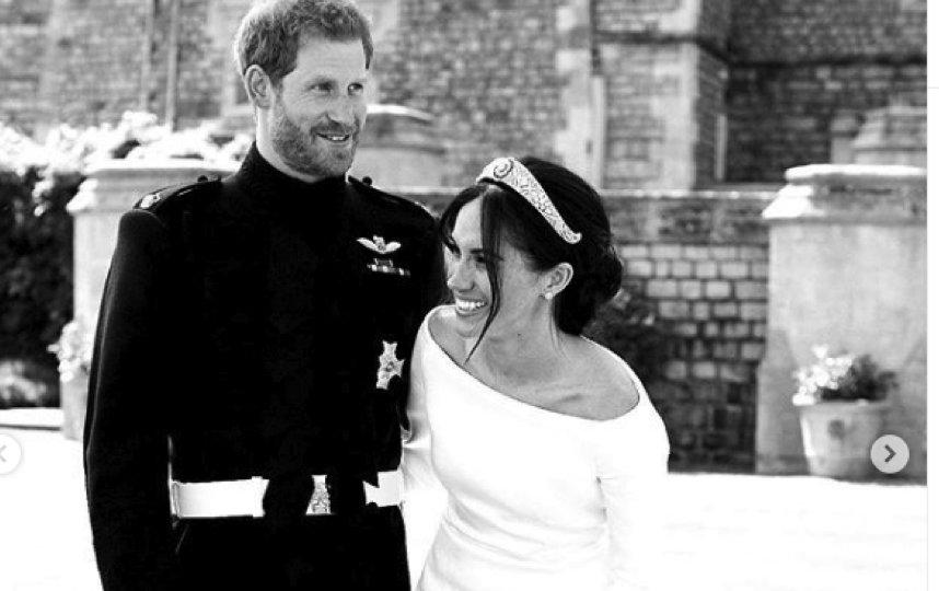 "Свадебное фото Меган и Гарри опубликовано в Сети. Фото Photo  PA / Chris Allerton - SussexRoyal, ""Metro"""