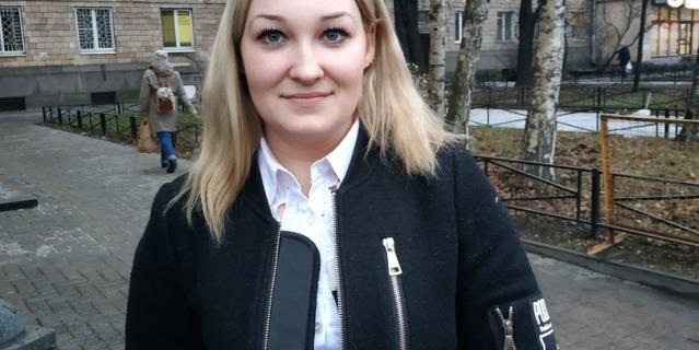 Ирина, 22 года, товаровед.