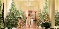 Классика! Мелания Трамп показала, как украсила Белый дом к Рождеству