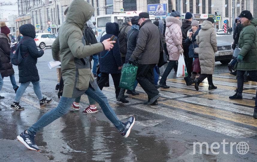 """Весь вчерашний день петербуржцы преодолевали препятствия. Фото Святослав Акимов, """"Metro"""""""