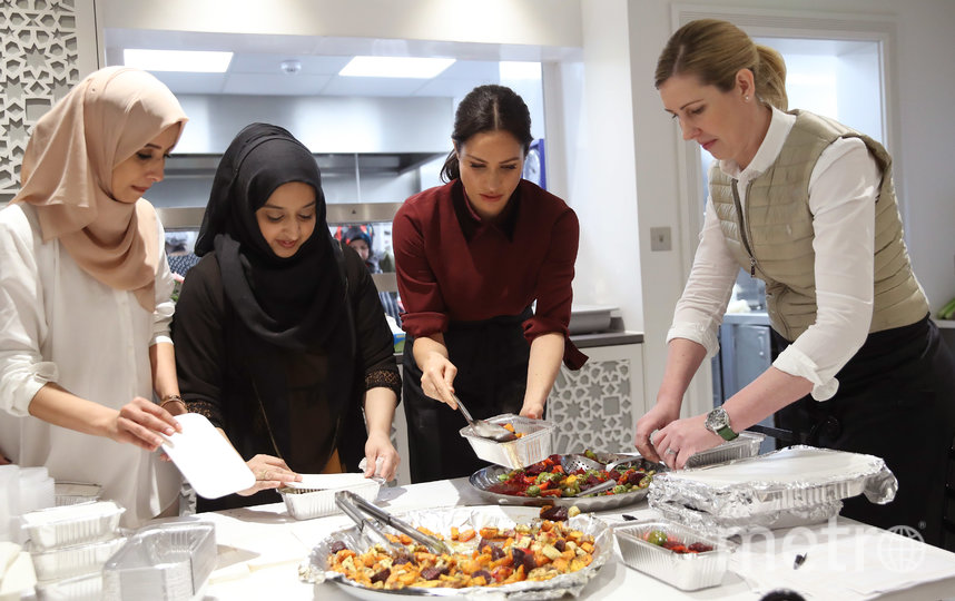 В этом году Меган Маркл выпустила кулинарную книгу. Фото Getty