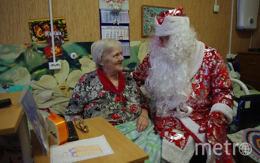 """Филиал фонда """"Старость в радость"""" открыл 13 пунктов приёма подарков в этом году. Фото vk.com/svr_piter., """"Metro"""""""