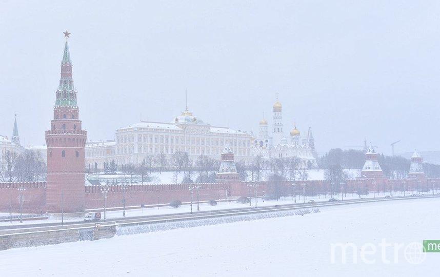 Водителей в Москве призывают пересесть на городской транспорт из-за метели. Фото Василий Кузьмичёнок