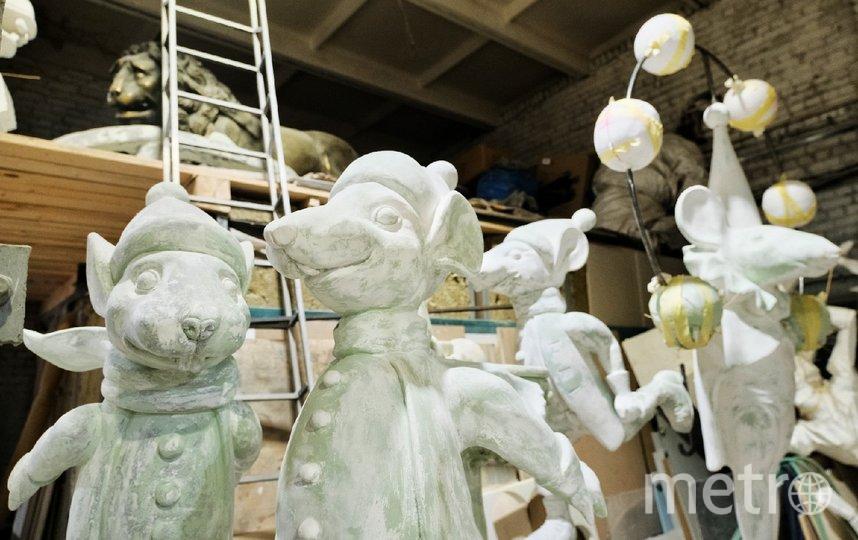 """Главными героями Манежной площади на месяц станут мыши, гигантские леденцы и пряники. Фото Алена Бобрович, """"Metro"""""""