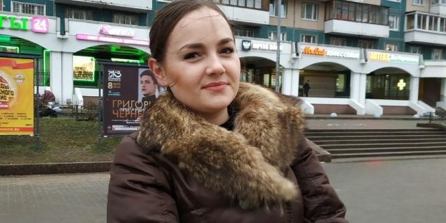 Дарья, 25 лет, официантка.
