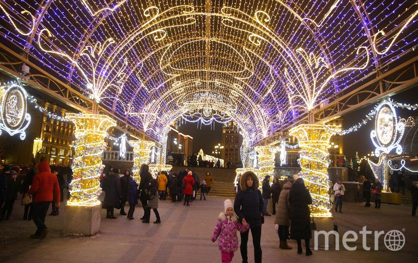 Новогодняя ночь в Москве в этом году может оказаться бесснежной. Фото Василий Кузьмичёнок