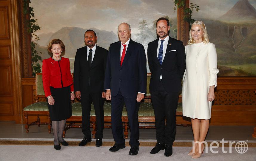 Абий Ахмед с норвержской королевской семьей. Фото AFP