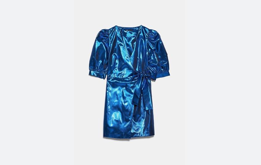 Металлизированное платье, Zara 5950 – 11 900 руб.