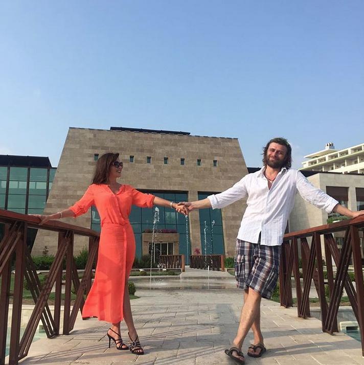 Анастасия Заворотнюк и Петр Чернышёв. Фото Скриншот Instagram: @a_zavorotnyuk