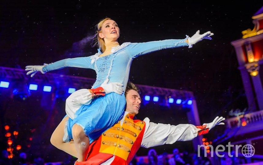 На лёд выйдут известные фигуристы, в том числе и Пётр Чернышёв. Фото московские сезоны