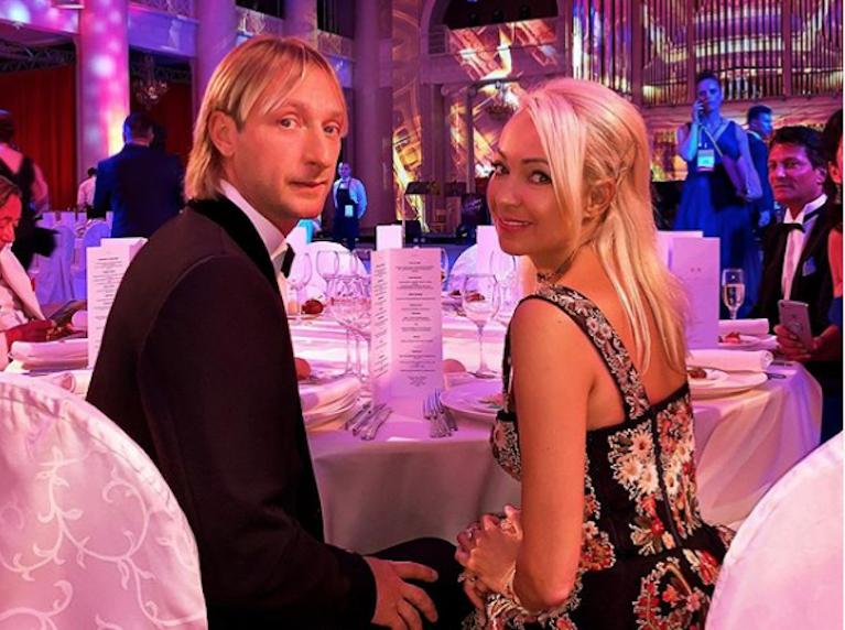 Евгений Плющенко и Яна Рудковская. Фото скриншот instagram.com/rudkovskayaofficial/?hl=ru