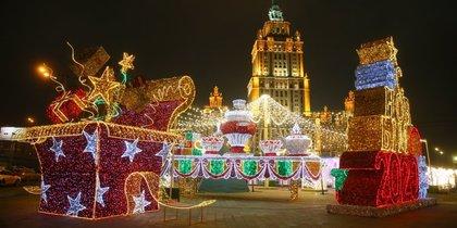В ожидании Нового года Москва превращается в сказку