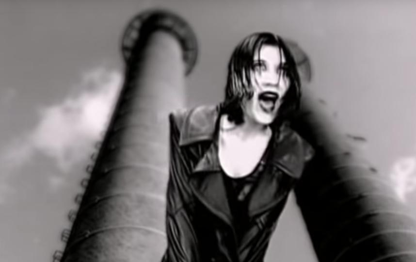 "Кадр из клипа на песню ""Ворона"". Фото Скриншот Youtube"