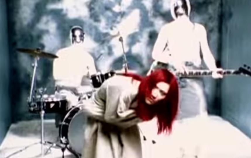 """Кадр из клипа на песню """"Взгляд изнутри"""". Фото Скриншот Youtube"""