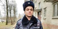 В Петербурге участковый не дал матери выбросить 2-летнюю девочку из окна
