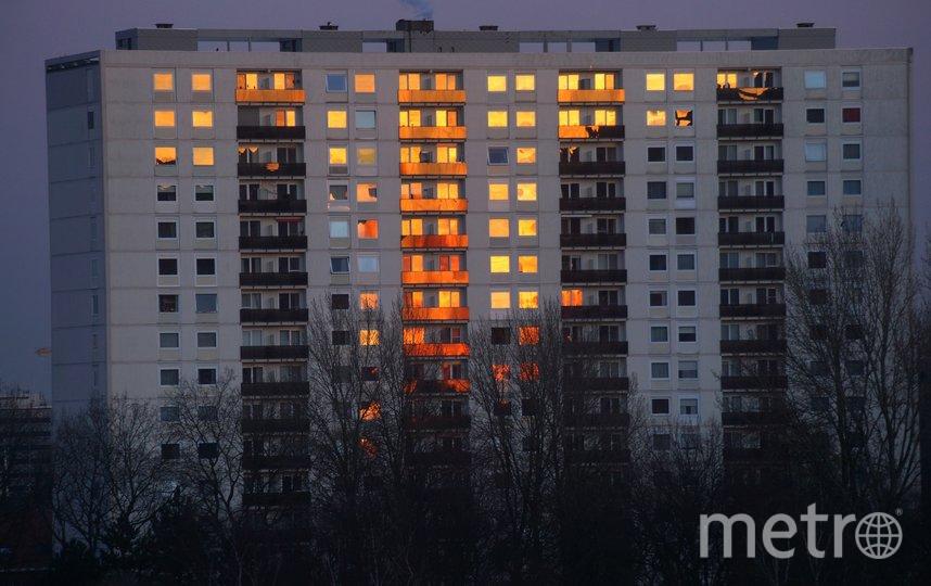 """Тысячи петербуржцев могут провести Новый год в темноте. Фото Pixabay, """"Metro"""""""