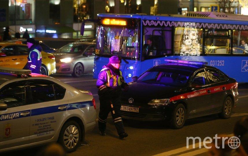 Движение в районе Лубянки, где произошла стрельба, перекрыто. Фото Василий Кузьмичёнок