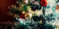 Открытки родственникам или письма Деду Морозу: Новогодняя почта заработала в метро Москвы