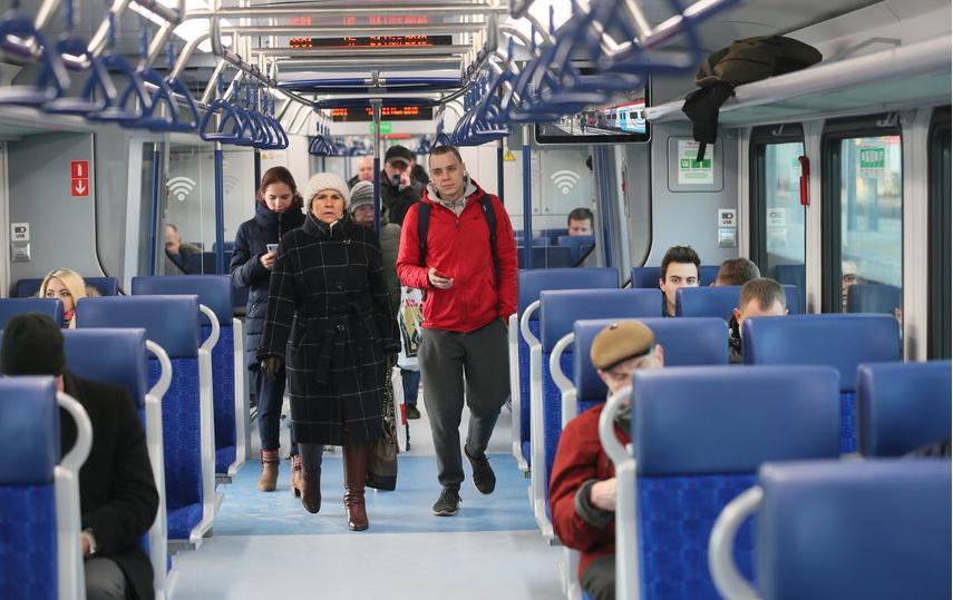 В Москве в поездах и на станциях МЦД усилили борьбу с незаконными торговцами. Фото Василий Кузьмичёнок