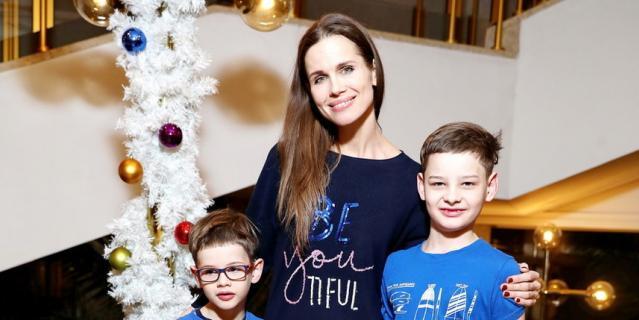 Наталья Лесниковская, актриса, мама Марка (6 лет) и Егора (8 лет).