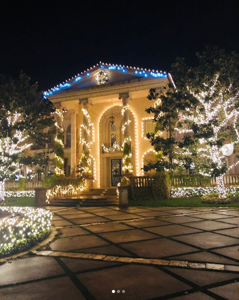 Бритни Спирс показала, как роскошно украсила свой дом. Фото скриншот instagram.com/britneyspears/