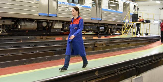 В 2020 году Московский метрополитен начнёт обучать женщин профессии машиниста.