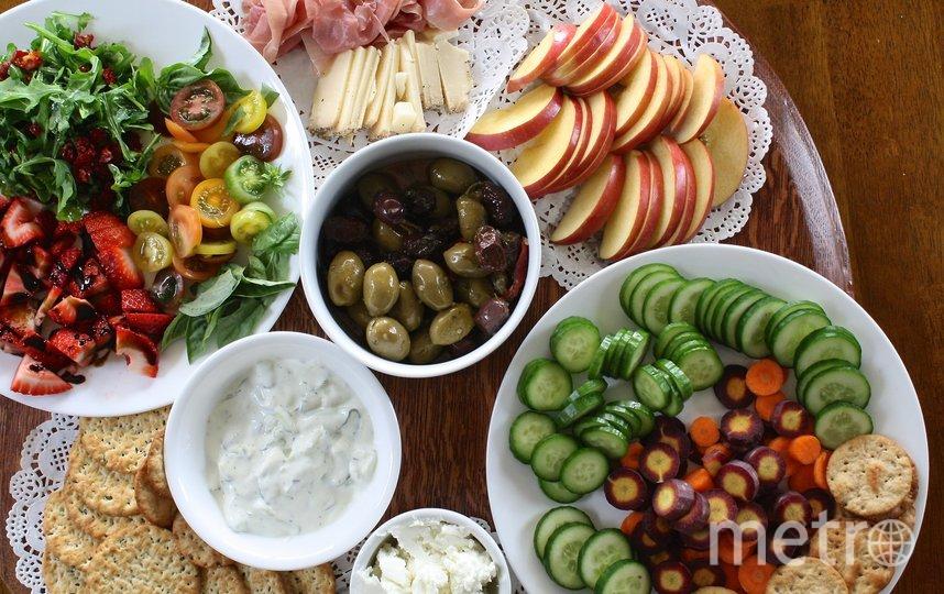 Оливки – традиционный атрибут праздничного новогоднего стола. Фото pixabay.com