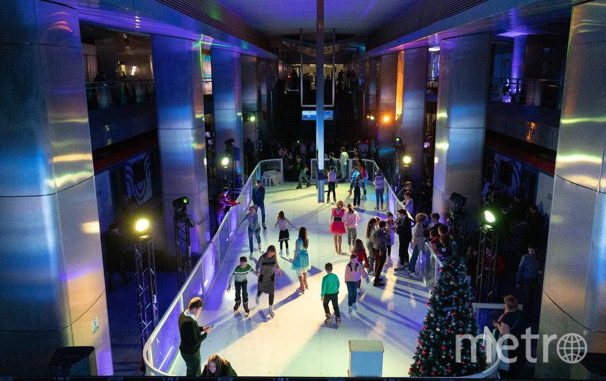 Зрители также смогли покататься на коньках и принять участие в мастер-классах. Фото предоставлено пресс-службой метрополитена