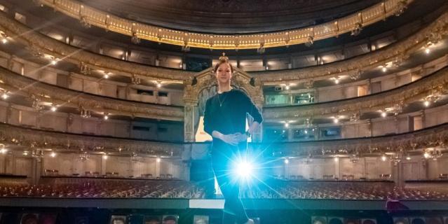 Рената на исторической сцене Мариинского театра.