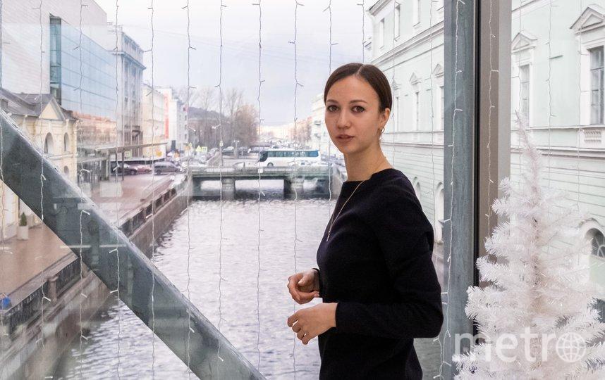 """На мосту, соединяющем историческое и новое здания Мариинского театра. Фото Алена Бобрович, """"Metro"""""""