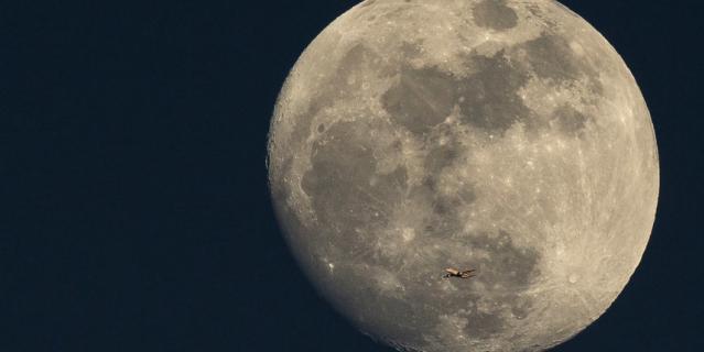 """После того как в сентябре 2019-го попытка индийской межпланетной станции """"Чандраян-2"""" совершить посадку на Луну завершилась неудачей, Индийская организация космических исследований приступила к разработке новой миссии."""