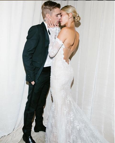 Джастин Бибер с женой Хейли Болдуин. Фото скриншот instagram.com/justinbieber/