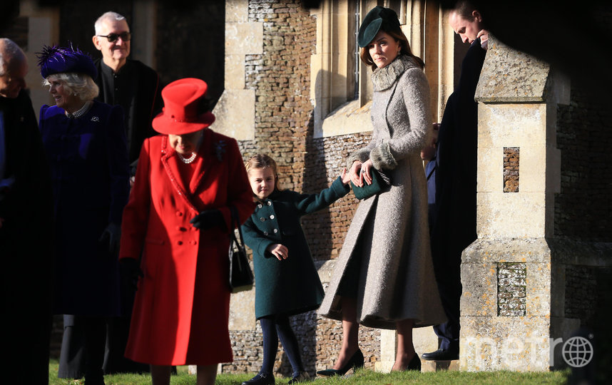 В 2019-м году Гарри и Меган пропустили Рождественскую службу с королевой. Фото Getty