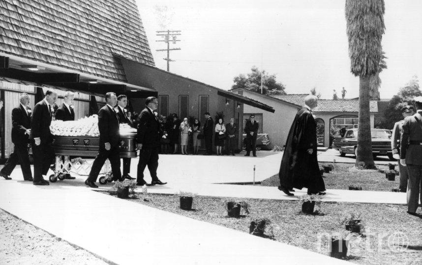 Похороны Мэрилин Монро. Фото Getty