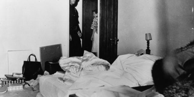 Ккомната Мэрилин Монро в день смерти.