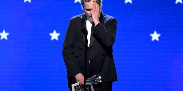 Critics' Choice Awards-2020. Хоакин Феникс.