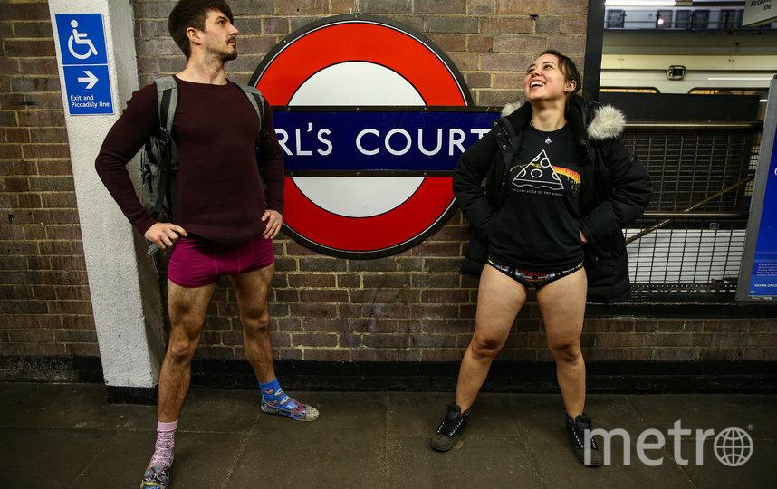 "Флешмоб ""В метро без штанов"" прошел в Лондоне. Фото Getty"